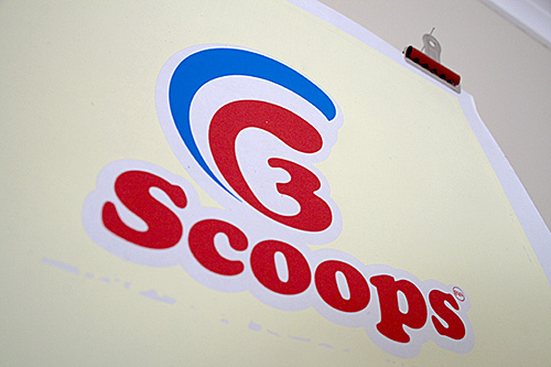 3 scoops logo design
