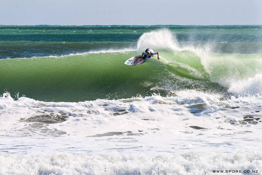 """ASP surfing dream tour new zealand """"Chelsea Hedges"""""""