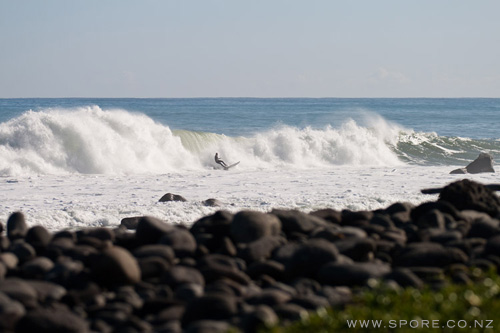 surfing taranaki new zealand photography