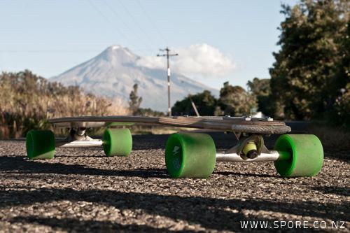 longboard skateboard taranaki mountain